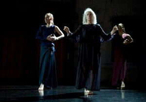 QUASI NORMAL: Performance; Choreography: Susanne Linke for Jeanne Ruddy Dance; Performance Garage, Philadelphia; 2008